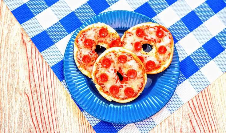 Make Your Own Pizza Bagels