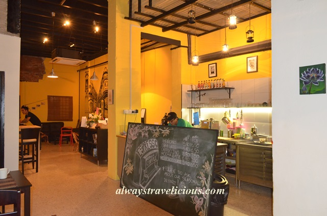 Bougainvillea City Cafe Ipoh 19