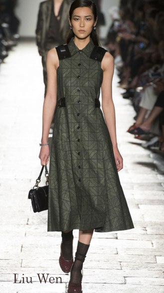 Model: Liu Wen,Bottega Veneta Spring 2017 Ready-to-Wear, via Vogue.com