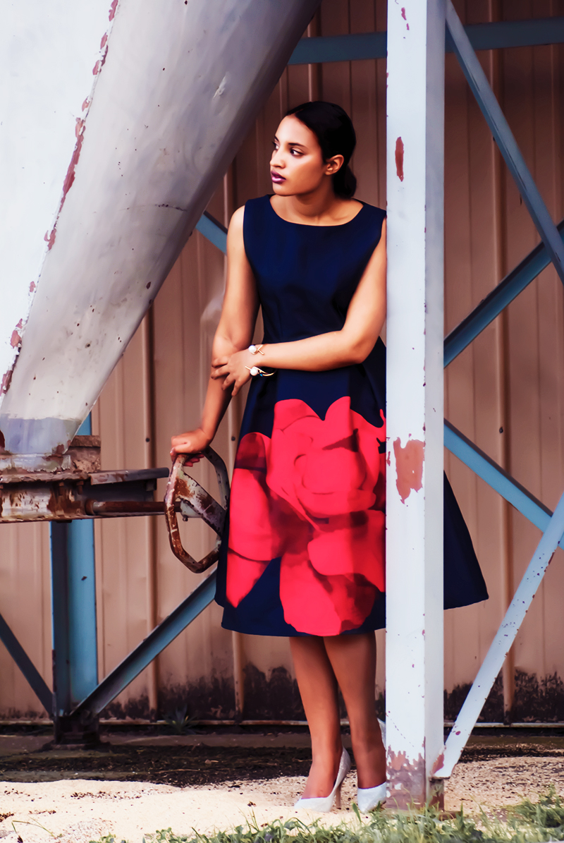 Introvert Life – Christmas Fashion Look 2. Photo Credit: Mechelle Avey. Alwaysuttori.com