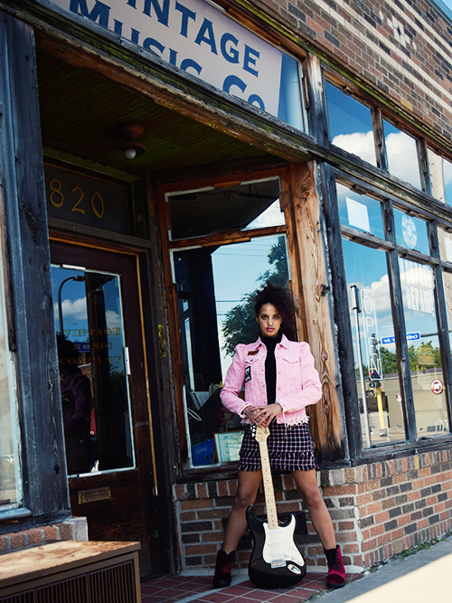 Back To School Fashion 2017: Band Geek, P4, L2. Photo Credit: Mechelle Avey. Slay The Books Looks Back to School Fashion 2017 Look 2. Alwaysuttori.com
