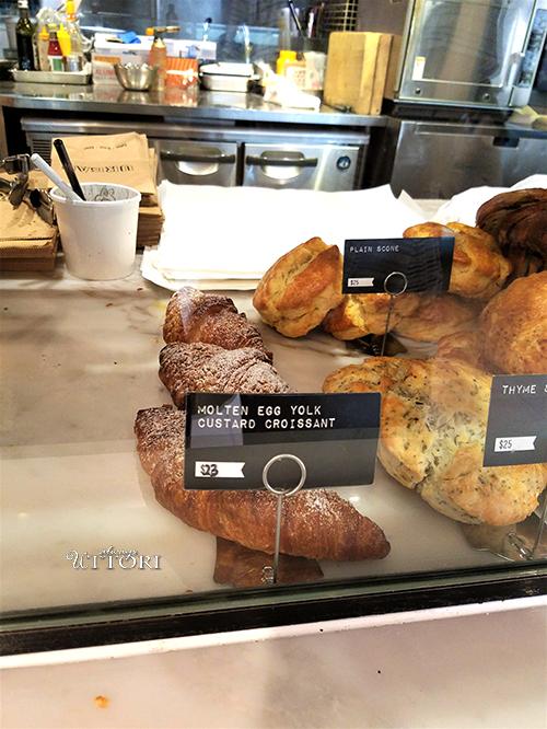 Croissant. Photo Credit: Alwaysuttori. Eating Hong Kong 2: Good Eats. Alwaysuttori.com