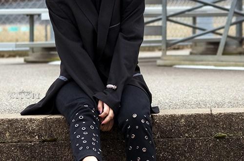 Denim Feature photo. Photo Credit: Mechelle Avey. INTJ Fall Fashion Oversize and Denim. Alwaysuttori.com