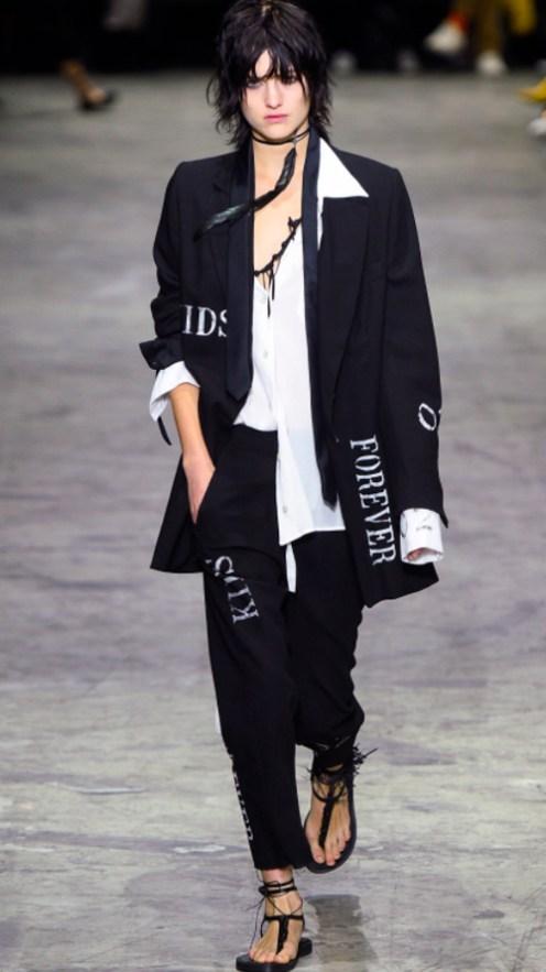 Ann Demeulemeester 2. Photo Credit: Vogue.com. Uttori Style   2018 Spring Transition Fashion. Alwaysuttori.com