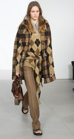 Michael Kors Fall 2018. Photo Credit: Yaniis Vlamos via Vogue.com. Fall Fashion Guide for INTJ Fashionistas. Alwaysuttori.com.