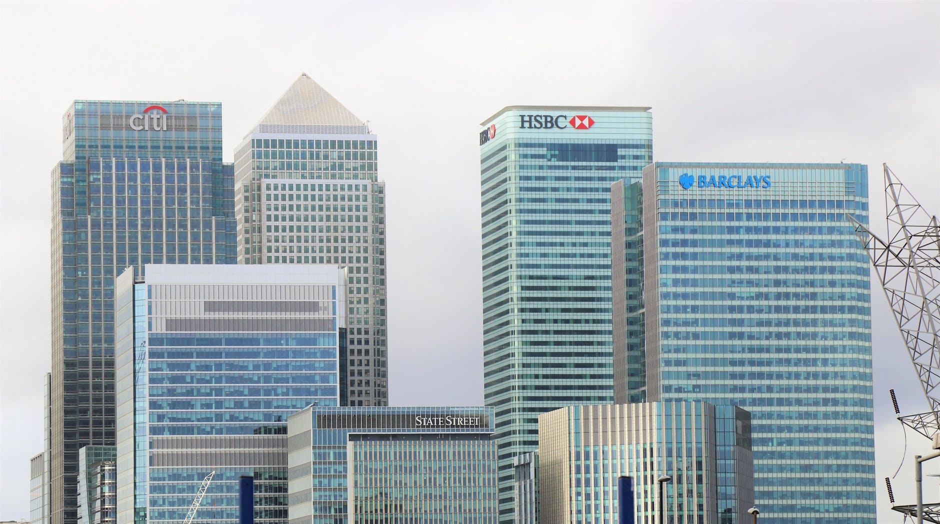 Hur tjänar banker pengar?