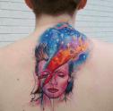 28. uzaylı Bowie'li bu dövme...