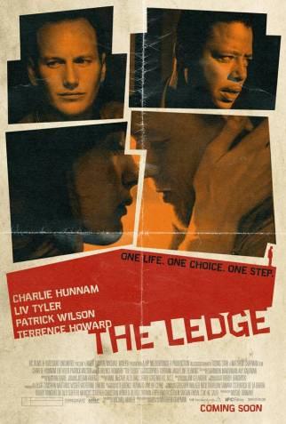 Shana'nın radikal bir Hıristiyan olan eşi ile aşık olduğu ateist iş arkadaşı arasındaki savaşı anlatıyor The Ledge. Shana iş yerinde birlikte çalıştığı Gavin'e aşık olur ve Shana'nın eşi Joe bu ilişkiyi öğrenir. Burada sözünü ettiğimiz savaş sadece düşünsel bir savaş değil. İkilinin birbirine fiziksel olarak zarar verebileceği bir savaş aynı zamanda. Yönetmen Matthew Chapman, oyuncular Liv Tyler, Charlie Hunham ve Patrick Wilson.