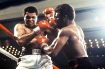 """Muhammed Ali'nin unutulmaz sözleri """"Çalışmanın her saniyesinde nefret ediyordum fakat kendime hep Dayan! diyordum .Bugün çalışacağım ve ömrümün sonuna kadar bir şampiyon olarak yaşayacağım."""""""
