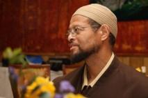 Cenaze namazını ise Muhammed Ali gibi sonradan İslam'ı seçen ABD'deki Müslüman toplumun liderlerinden imam Zaid Şakir kıldıracak.