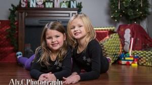 Unique holiday photos | Eynon girls