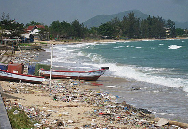 Phi Phi Island beaches suffering from uncouth tourists. By Sebastian Chedal