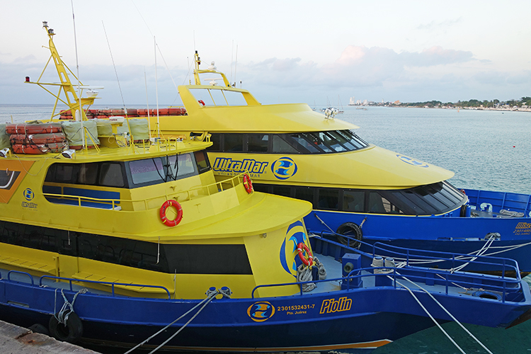 Ultramar-Ferry