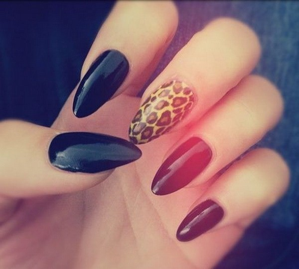 Black-And-Leopard-Almond-Shaped-Nail-Art-Design Beautiful Almond Nail Designs