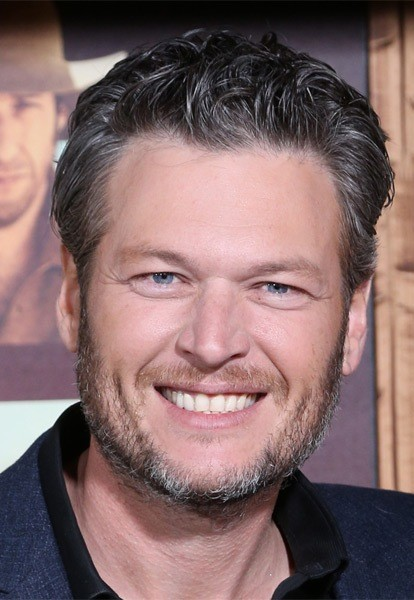 Blake-Shelton-Short-Wavy-Hairstyle Most Coolest And Hottest Formal Haircuts For Men