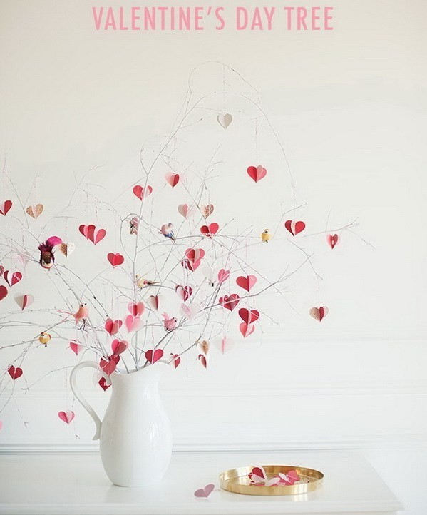 DIY-Valentine's-Day-Branch-Tree Sweet DIY Valentine's Day Decoration Ideas
