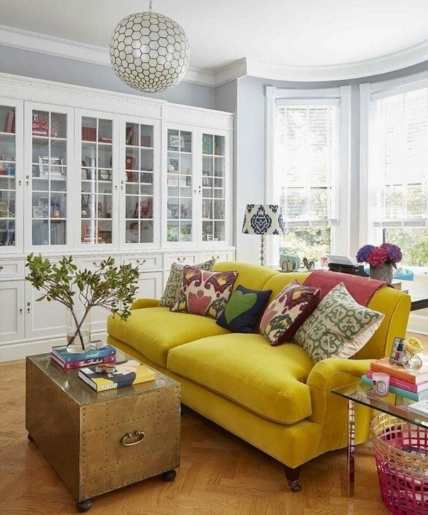 Guest-Room-With-Geometric-Yellow-Wallpaper-2 Decorating With Yellow: How To Brighten Your Space With Yellow