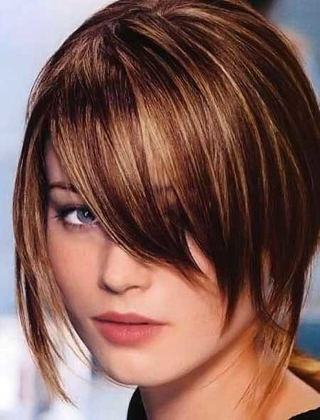 Sleek-Asymmetrical-Bob-Hairstyle Best Bob Cuts for 2020