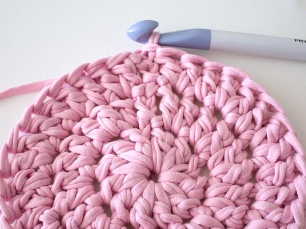 crochet-rug_ms_step-4 Crochet a Gorgeous Mandala Floor Rug