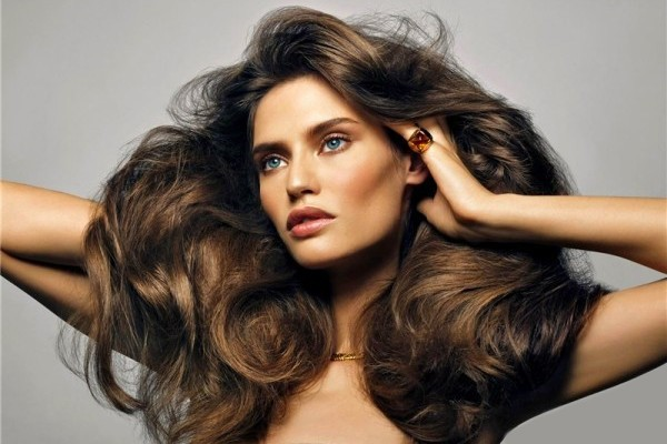 Work-on-the-Volume How to Create the Perfect 'Blow Out' with a Hair Dryer