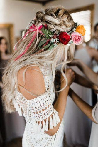 Bridal-Hair-Ideas-To-Look-Fabulous-007-ohfree.net_ Bridal Hair Ideas To Look Fabulous On Your Wedding Day