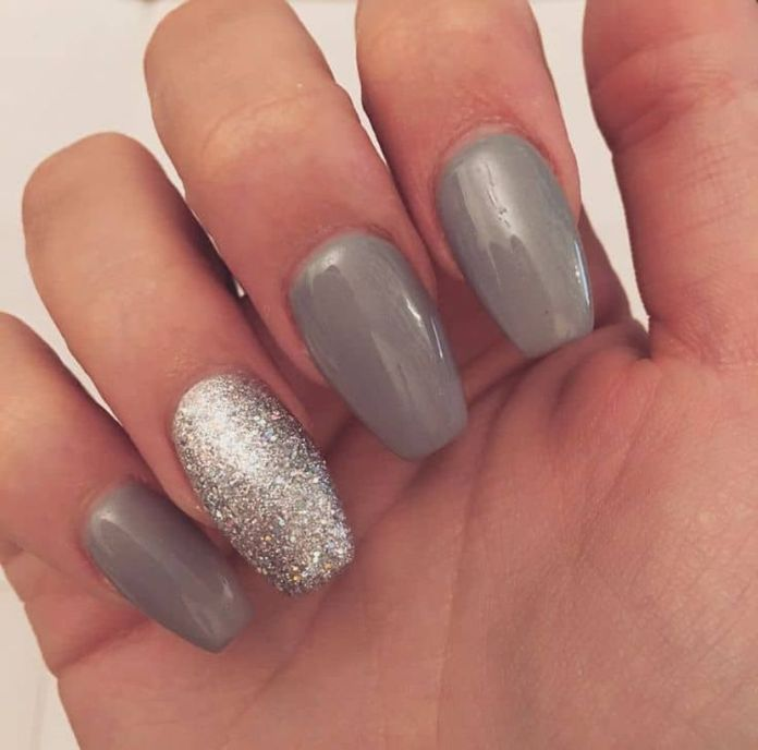 It's-not-always-bright-colors-which-are-accentuated.-You-can-use-gray-or-silver-color-for-accent-nails.-Use-silver-glitters-in-between-the-gray-color-for-the-accent-nails.-1 2020 Fantastic Nail Design Ideas with Simple Accents