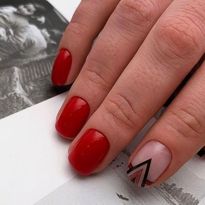 accent-nails-easy-ways-mani-bold-red 2020 Fantastic Nail Design Ideas with Simple Accents