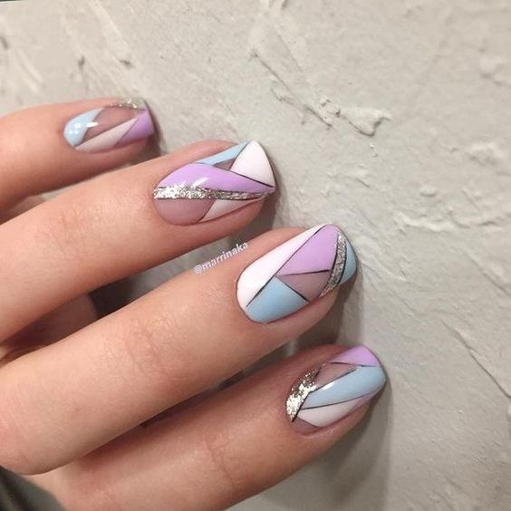 24-abstract-nail-art-ideas Cool Abstract Nail Art Ideas