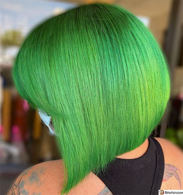 angled-bob-cut-with-side-fringe-1 20 Short and Green Hairstyles You Will Want to Copy