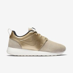 NIKE - Roshe Run Premium Suede, String/Dark Storm/Sail/Metallic Gold Grain; Source: store.nike.com