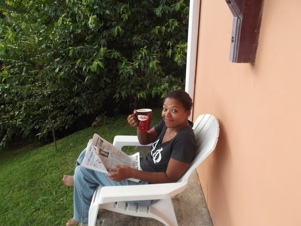newsworthy content, reading in Martinique, newspaper