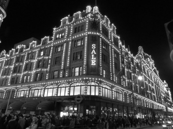 Harrod's Christmas lights, bicycle tour, Christmas lights bicycle tour in London