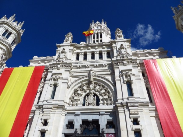 Centro Centro, Plaza de Cibeles, Madrid, Spain flag