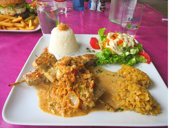 martinique food, brochette de thazard, food in martinique, traditional food in martinique, where to eat in martinique