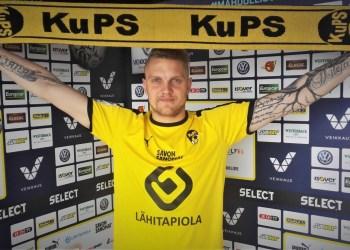 """Pavasarį prisijungęs prie Kuopio (Suomija) """"Kuopion Palloseura"""" klubo jo gretose D. Matulevičius pasirodė 6 kartus, tačiau įvarčių nepelnė. Nepasižymėjęs jis liko ir anksčiau atstovautame klube Edinburgo (Škotija) """"Hibernian"""". Kadangi alytiškis - puolėjas, išsilaikyti komandose, kur esi už pinigus samdomas profesionalas legionierius, tačiau nepelnai įvarčių  - praktiškai neįmanoma"""