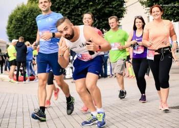 Dėmesio, visi, iki rugpjūčio 10 d. užsiregistravę Alytaus pusmaratoniui, gaus numerį, kurį puoš ne tik renginio simbolika, tačiau ir bėgiko vardas