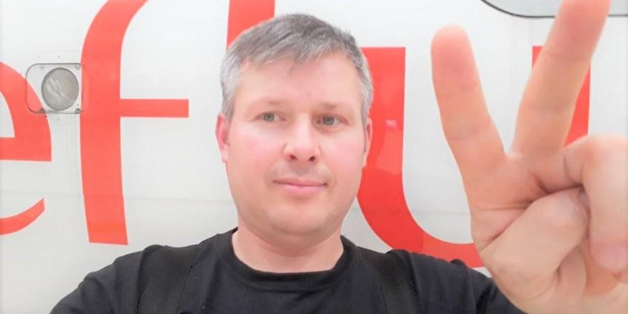 Užsienyje besistažuojantis Alytaus aeroklubo viršininkas Kęstutis Urbanavičius džiaugiasi Dzūkijos sostinės aviatorių bendruomenės pergale teisme ir galimybe išsaugoti savo 80-mečio kitąmet sulauksiantį istorinį Alytaus aerodromą