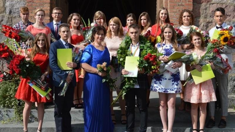 Alytaus rajono gimnazijas baigė 112 mokinių