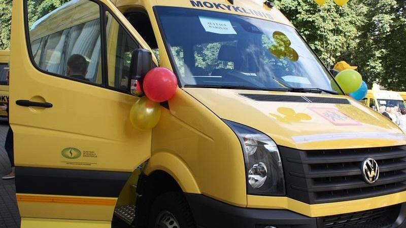 Naujais autobusais bus vežami Daugų Vlado Mirono, Simno ir Butrimonių gimnazijų mokiniai