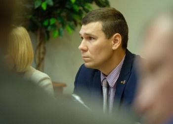 Dvi partijas jau spėjęs pakeisti S. Janulevičius - ne tik vienas jauniausių, tačiau ir aktyviausių miesto tarybos narių