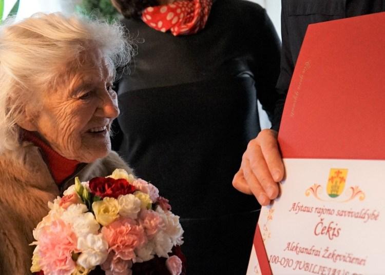 Šimtametė iš Žaunieriškių kaimo A. Žekevičienė