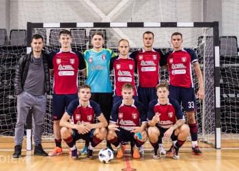 """Praėjusio sezono Alytaus DFK """"Dainava"""" salės futbolo komanda. Manto Daškevičiaus nuotr."""