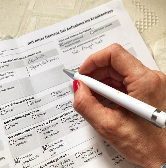 Informationsbogen Mit Alzheimer im Krankenhaus