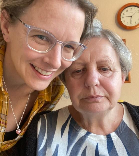 Peggy_Mama_nach_vorne_schauen