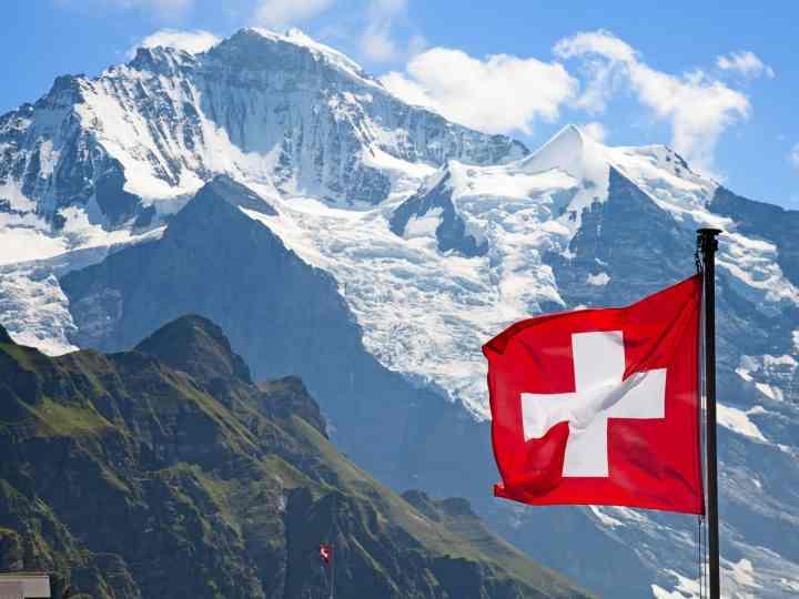 Поездка в Швейцарию: правила оформления визы