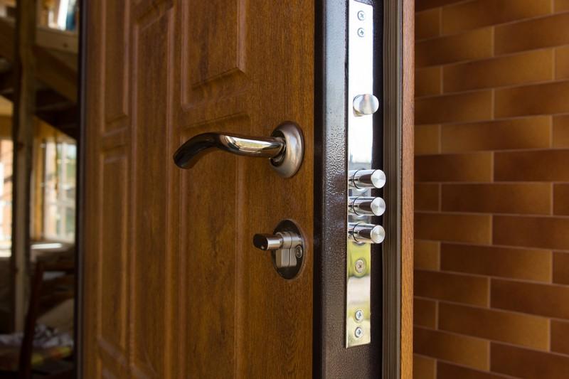 Защитные двери — ненужные расходы или необходимость