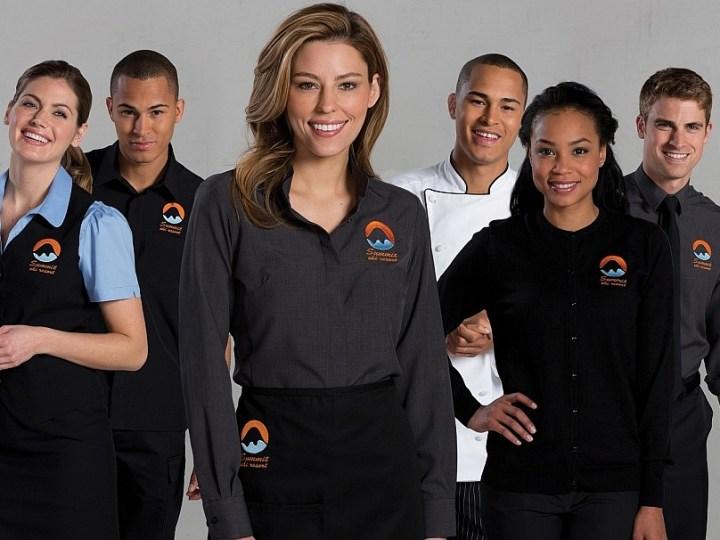 Корпоративная одежда: преимущества использования и особенности выбора