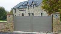 residence-portail-gris-sablé