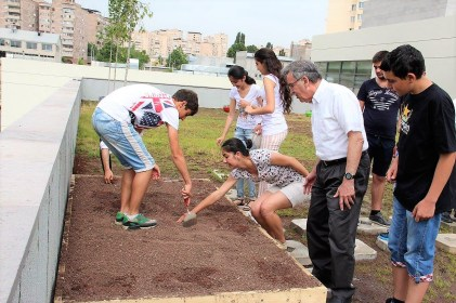 Avedisian School students planting on the roof garden with the help of Benefactor Edward Avedisian
