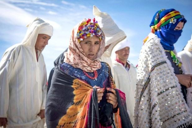 موسم الخطوبة.. مراسم زفاف جماعية للشباب الأمازيغي